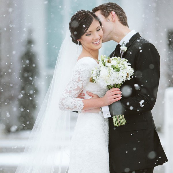 Wedding Ideas And Inspirations: 9 Hearts-Touching Winter Wedding Ideas And Inspirations