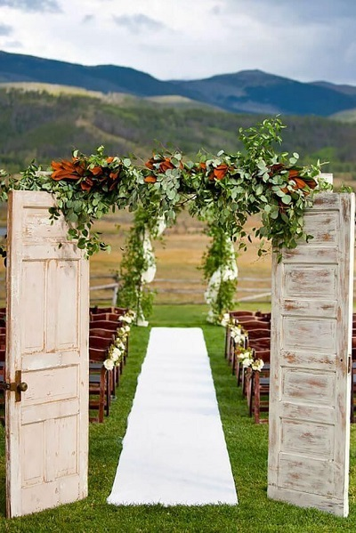 Choose unconventional wedding venue