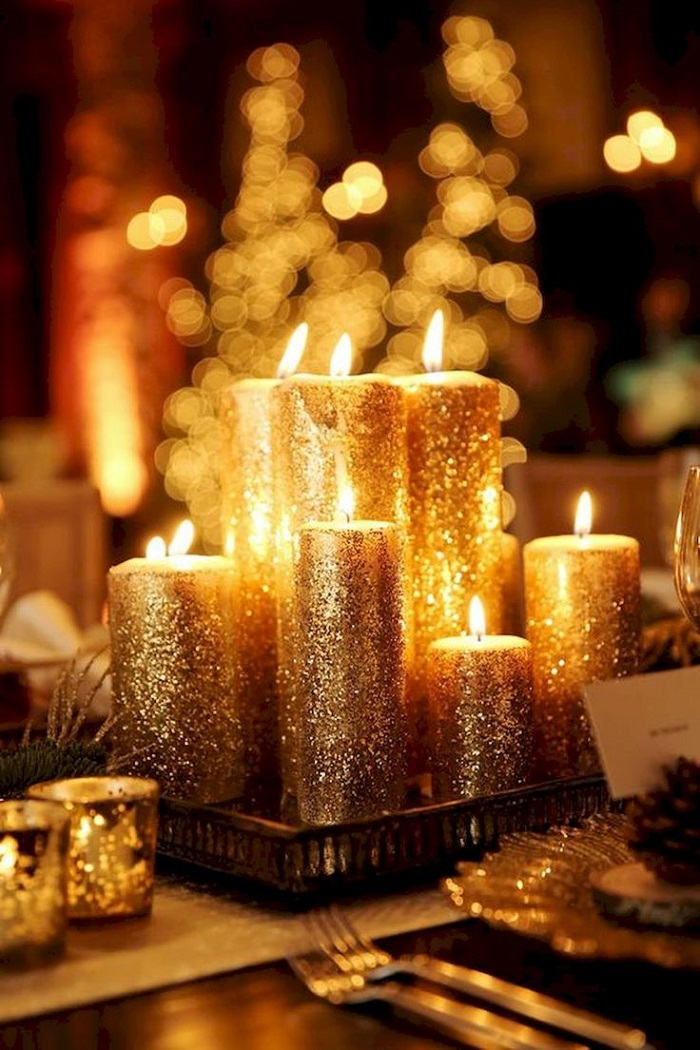 Candles are always a good New Year wedding