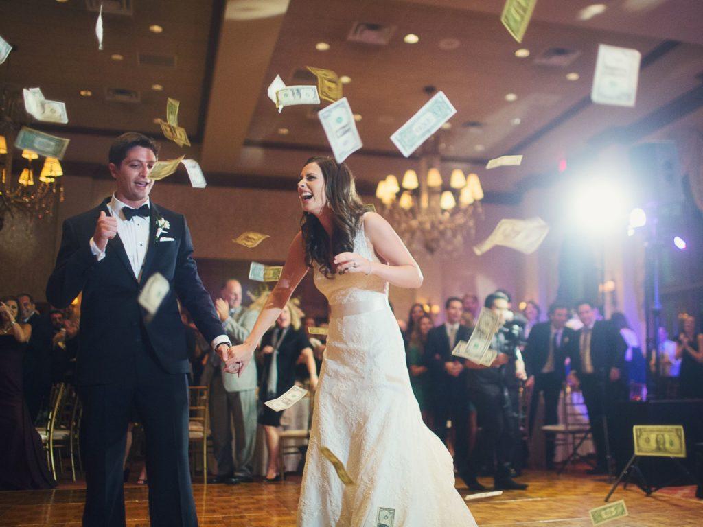 Canadian Wedding Traditions- 123WeddingCards