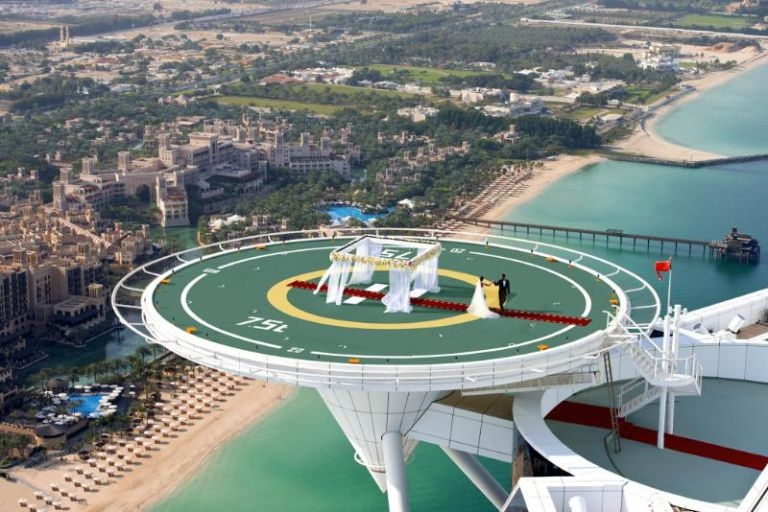 Couple marry on helipad Burj Al Arab Dubai