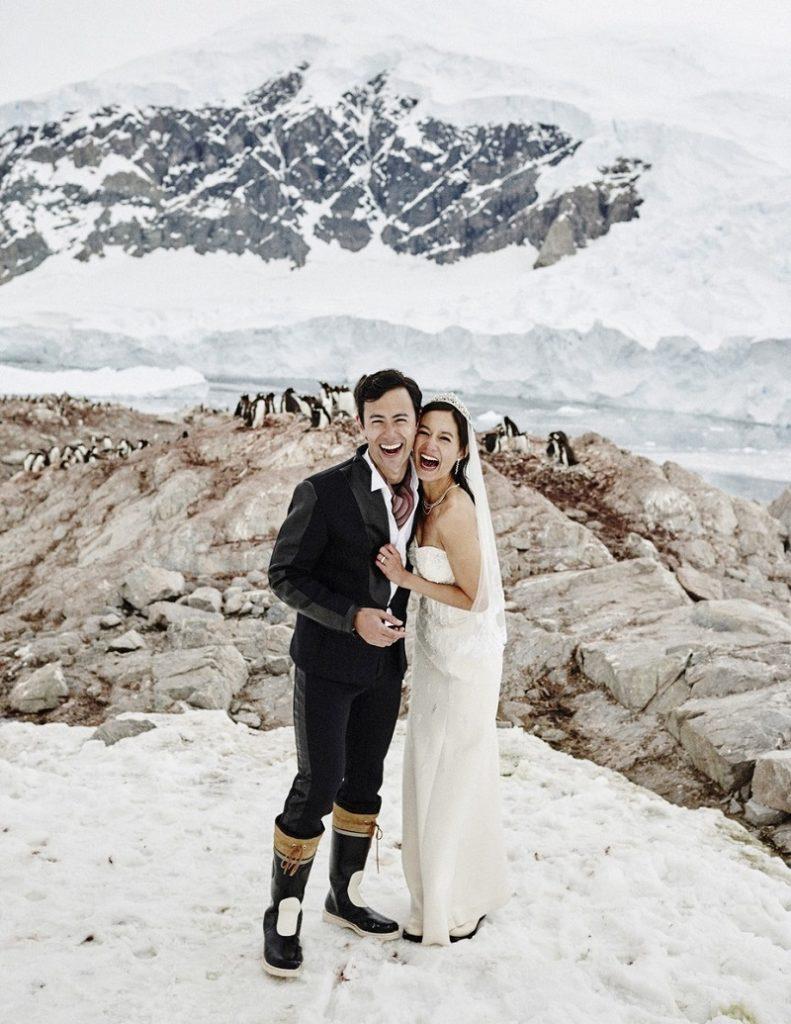couple marry on Scott Island, Antarctica