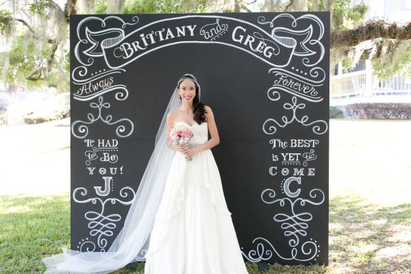 sign board as wedding photo props with cute little message_1