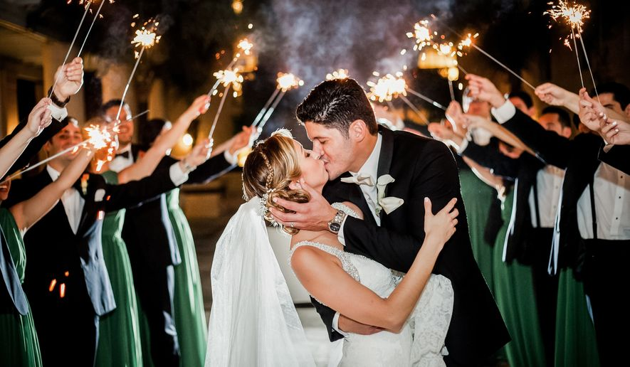 use of sparklers as props for wedding photographs_1