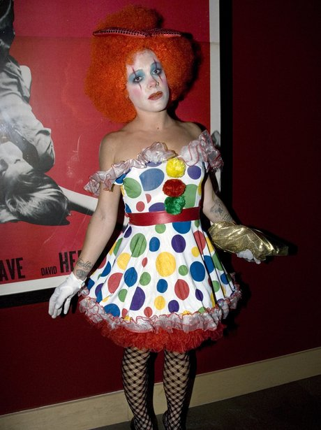 halloween dress of Pink AKA Alecia Beth Moore in 2008