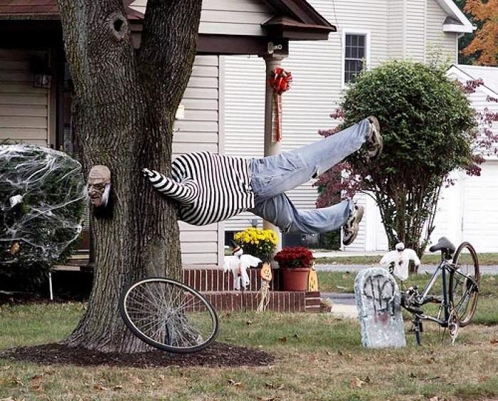 Halloween-Tree-Decorating-Ideas