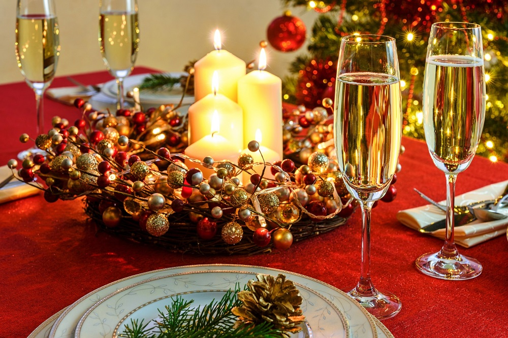 Classic Christmas Drinks - 123WeddingCards