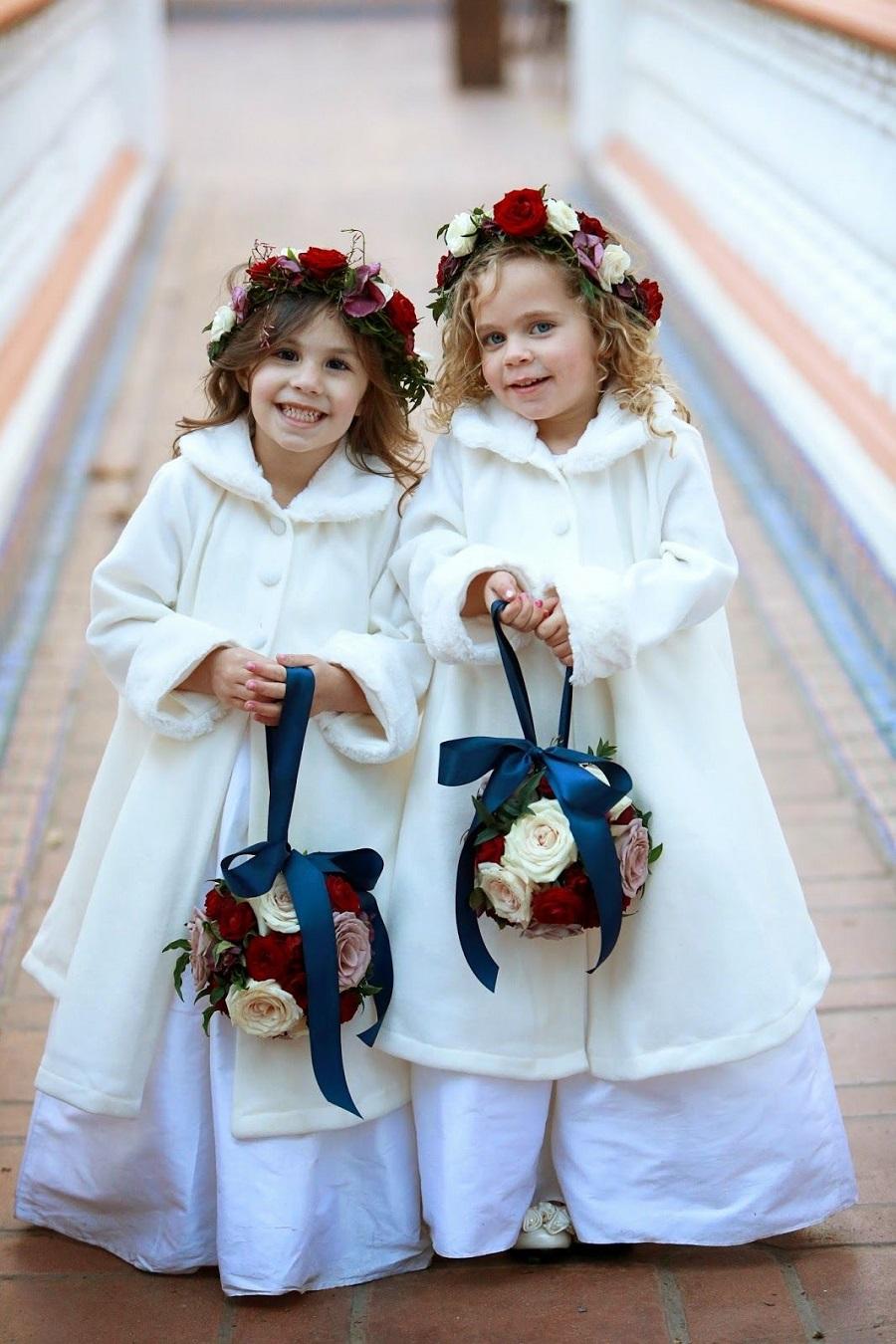 flower girls in Christmas wedding - 123WeddingCards