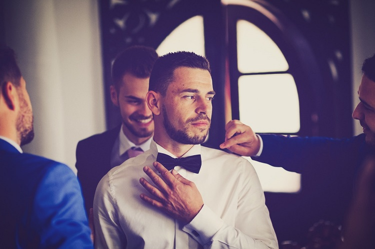 Things that grooms do on the morning of their wedding