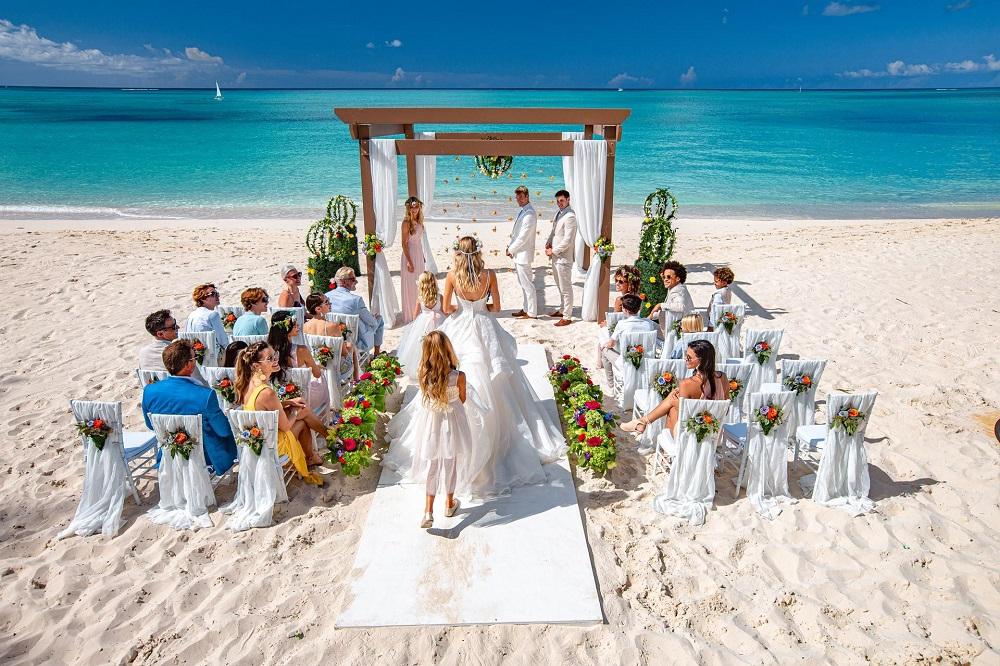 Destination wedding planning services